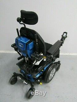 Quantum Bord 2.0 Chaise Roulante, puissance Inclinaison, Inclinaison et Pieds Neuf