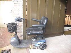 Scooter électrique 3 roues pour personne à mobilité réduite Invacare, Colibri